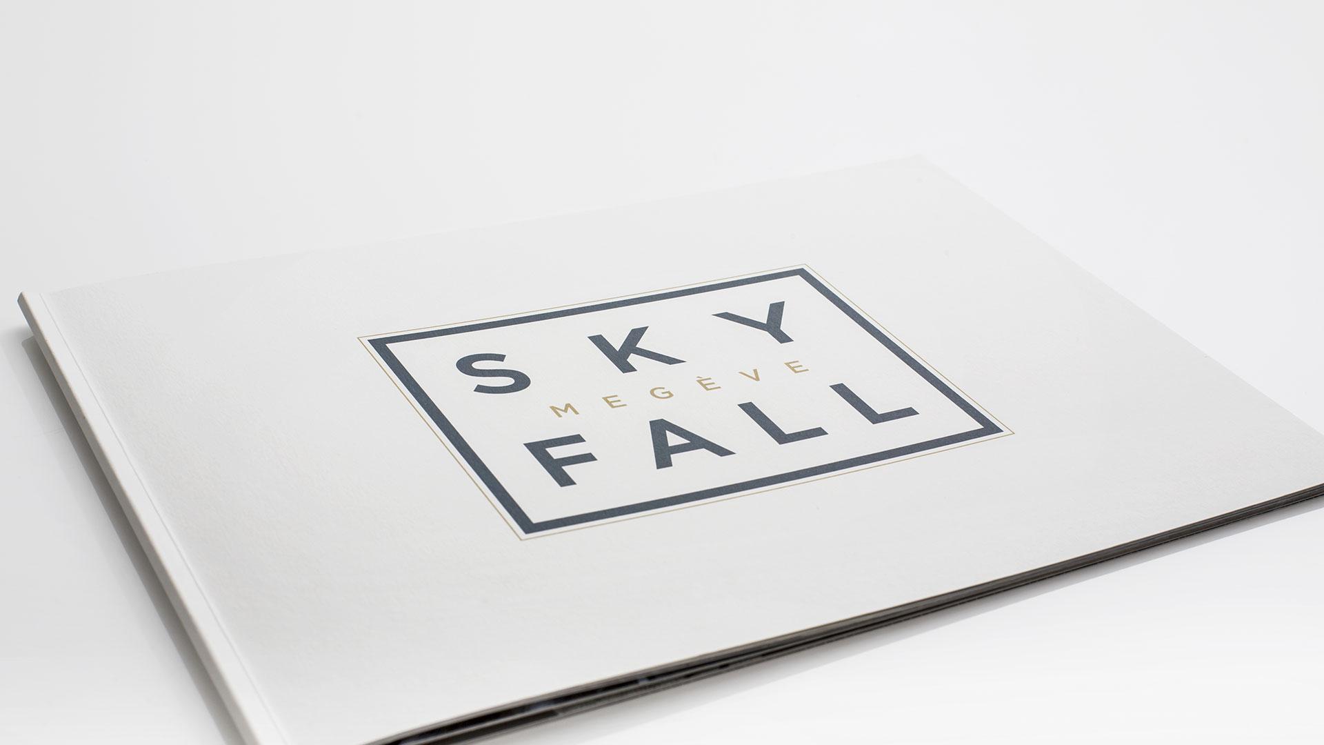Brochure vente hôtel SkyFall Megève avec photo perspective 3D.